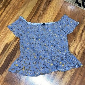 American Eagle: Smocked Shell Top